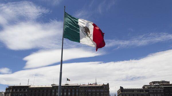 Bandera de México (archivo) - Sputnik Mundo