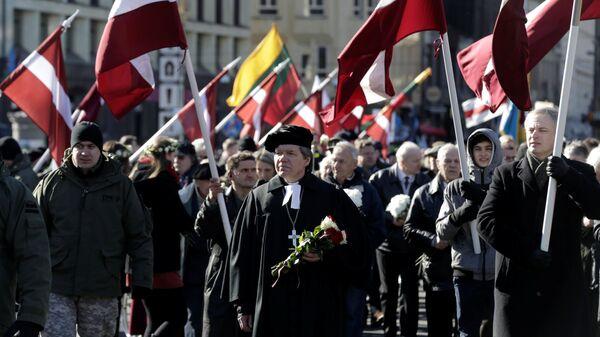 Una marcha que conmemora a las unidades letonas de las Waffen SS, archivo - Sputnik Mundo