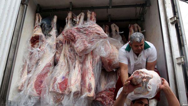 Camión con carne en Sao Paulo, Brasil - Sputnik Mundo