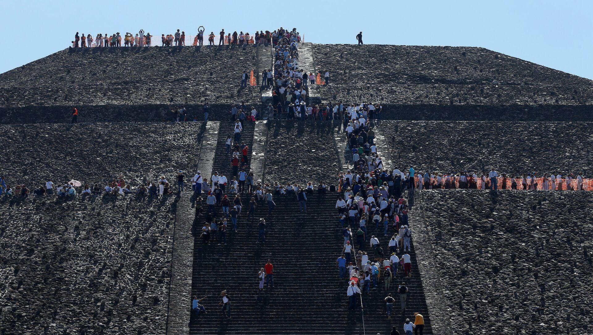 Pirámide de Teotihuacan, México - Sputnik Mundo, 1920, 10.02.2021