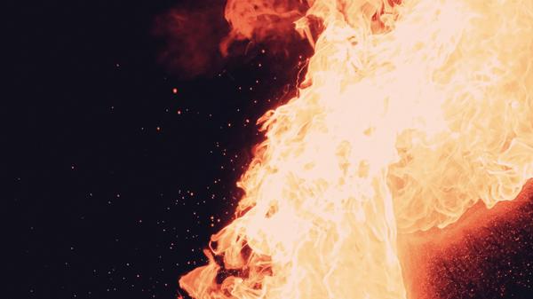 Fuego - Sputnik Mundo