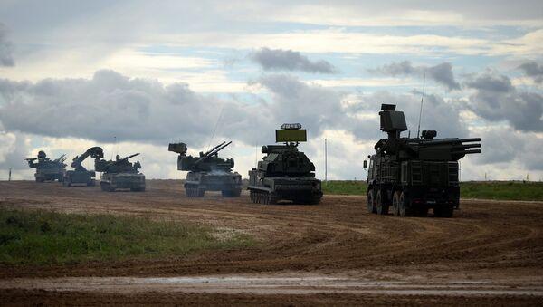 La maquinaria militar en el polígono Alabino, Rusia - Sputnik Mundo