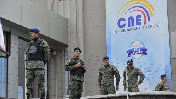 El Ejército ecuatoriano cerca de Consejo Nacional Electoral - Sputnik Mundo