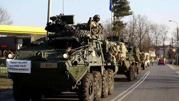 Un convoy de tropas estadounidenses - Sputnik Mundo