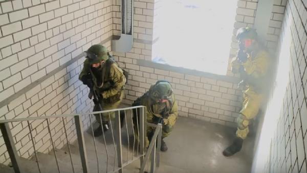 El exigente entrenamiento de las unidades de ingeniería y asalto de Rusia - Sputnik Mundo