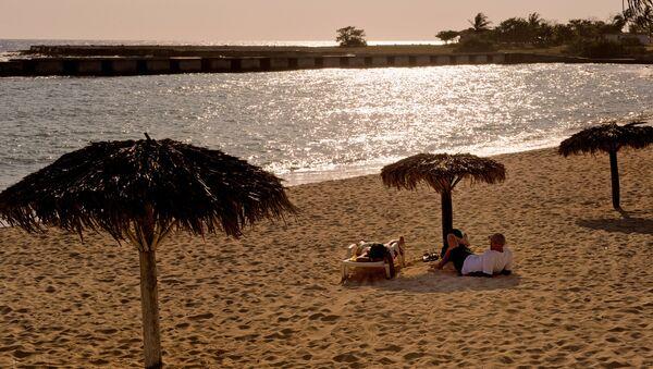 Una playa en Cuba (imagen referencial) - Sputnik Mundo