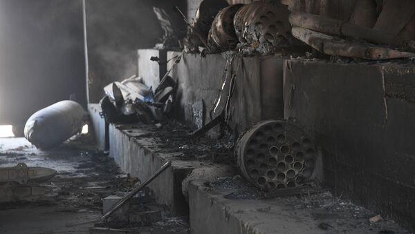 Las consecuencias del bombardeo de EEUU sobre la base aérea de Shairat - Sputnik Mundo