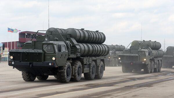 Misiles antiaéreos S-400 - Sputnik Mundo