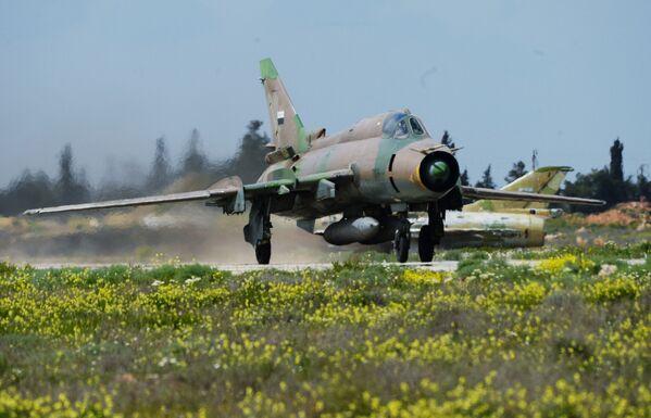 Así funciona la base aérea de Shairat tras el bombardeo de EEUU - Sputnik Mundo
