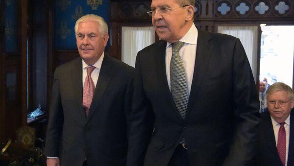 Secretario de Estado de EEUU, Rex Tillerson el ministro de Asuntos Exteriores ruso, Serguéi Lavrov (archivo) - Sputnik Mundo