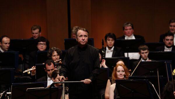Mikhail Pletnev y la Orquesta Nacional Rusa en Bogotá - Sputnik Mundo