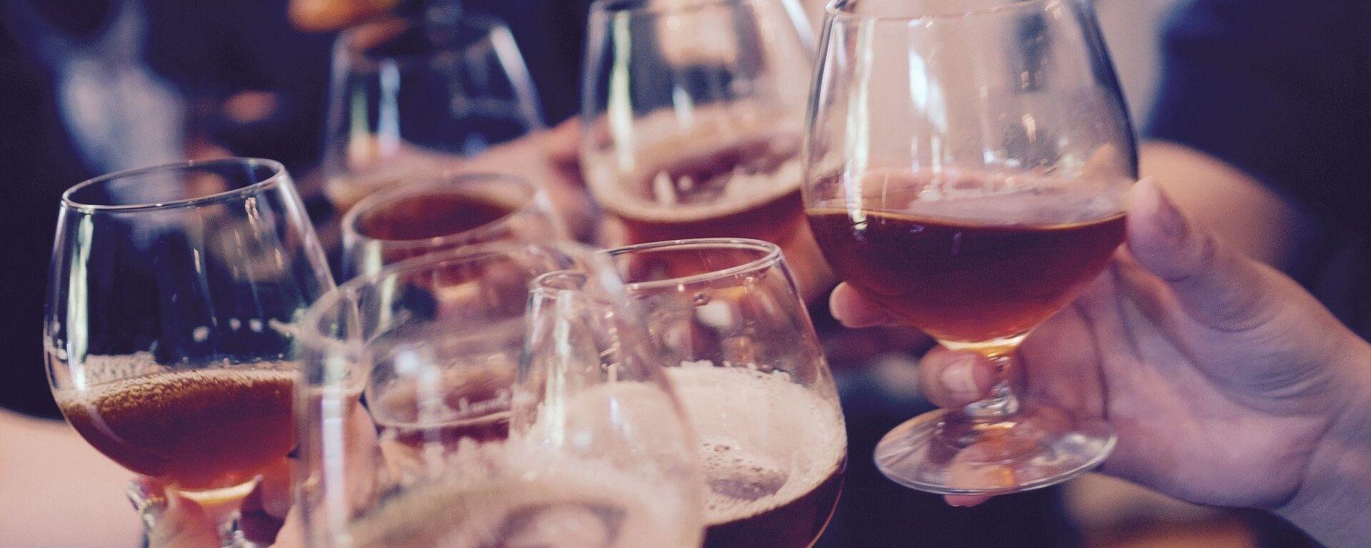 Alcohol (imagen referencial) - Sputnik Mundo, 1920, 17.03.2021