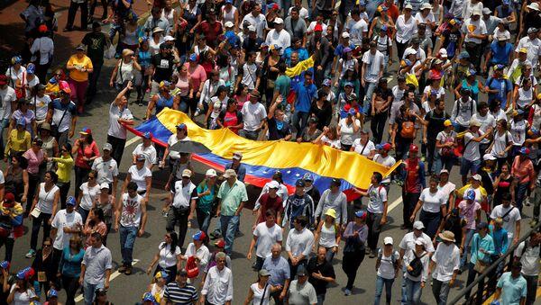 Manifestación de oposición en Venezuela - Sputnik Mundo