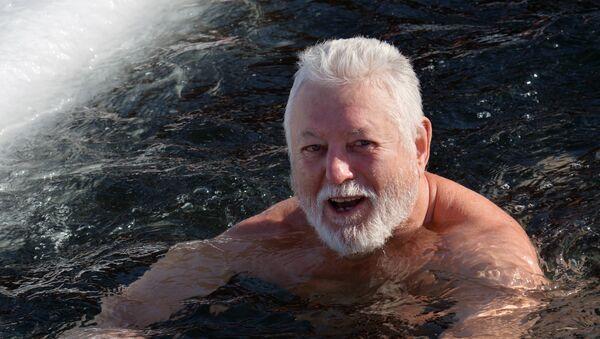 Hombre ruso (imagen referencial) - Sputnik Mundo