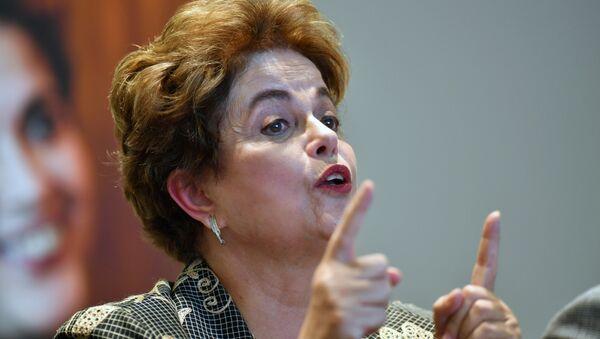 Dilma Rousseff, expresidenta de Brasil - Sputnik Mundo