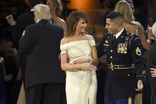 La vida de la primera dama de EEUU, Melania Trump - Sputnik Mundo