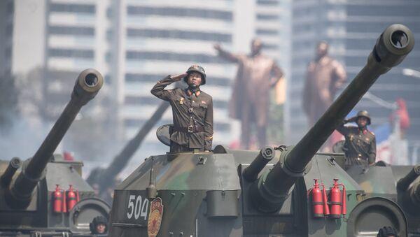 Desfile militar en Corea del Norte - Sputnik Mundo