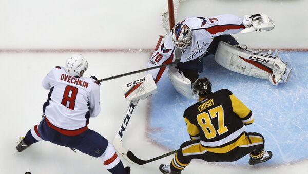 El partido entre el Pittsburgh Penguins y Washington Capitals en la eliminatoria de la copa Stanley - Sputnik Mundo