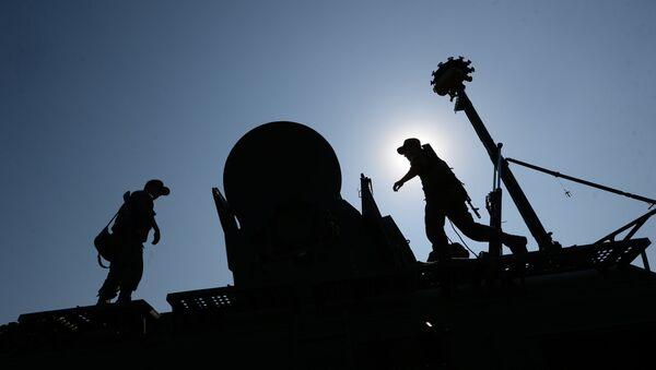 Las tropas de guerra electrónica de Rusia (archivo) - Sputnik Mundo