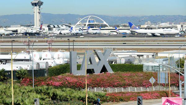 El aeropuerto internacional de Los Ángeles (archivo) - Sputnik Mundo