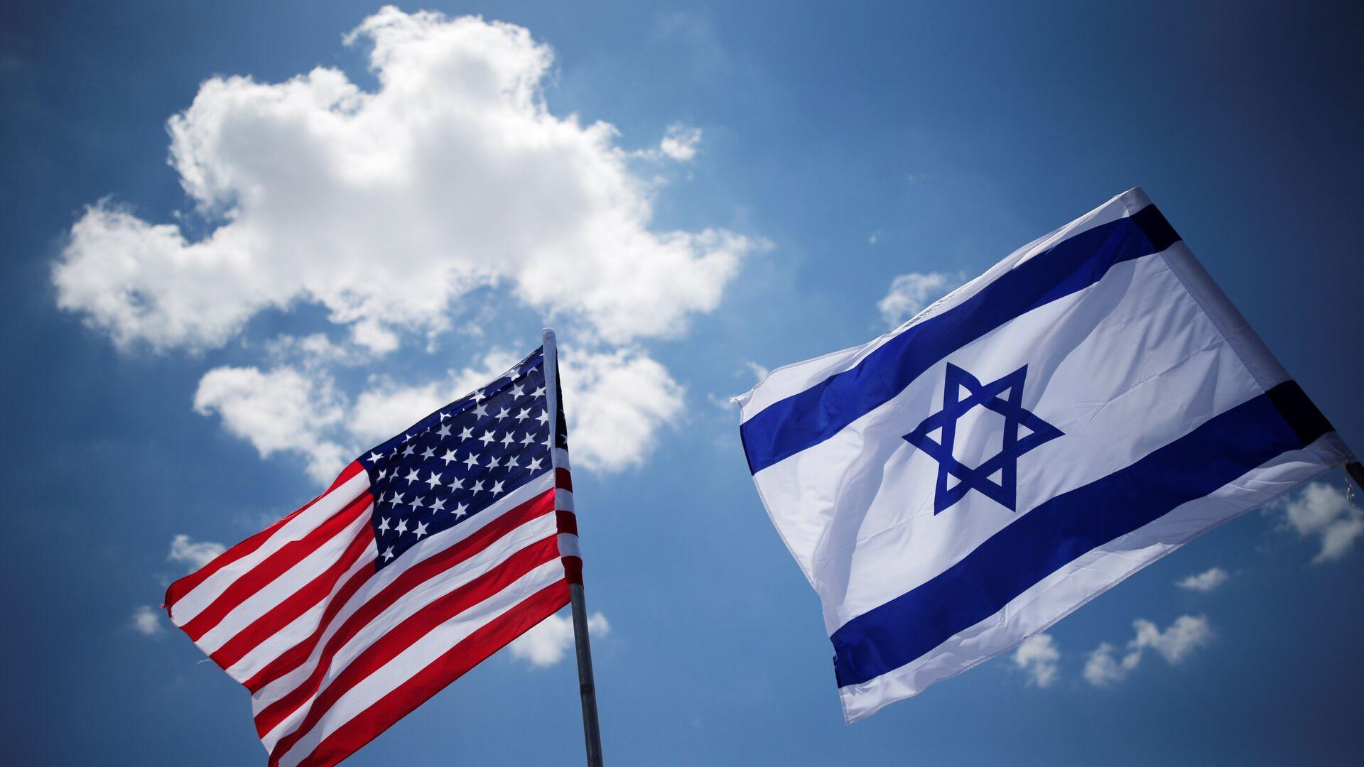 Banderas de EEUU y Israel - Sputnik Mundo, 1920, 07.08.2021