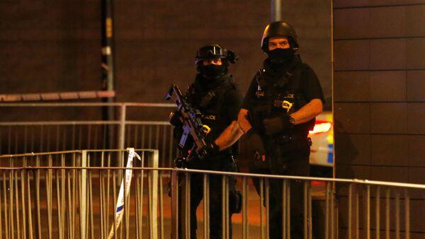 Policía cerca del Manchester Arena (archivo) - Sputnik Mundo