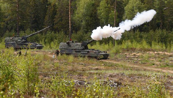 Tanques alemanes durante los ejercicios de la OTAN en Lituania (archivo) - Sputnik Mundo
