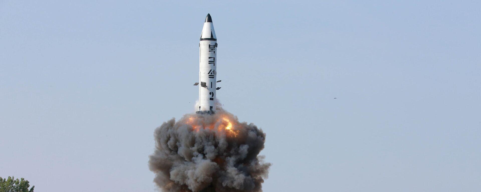 Corea del Norte lanza misil balístico - Sputnik Mundo, 1920, 15.09.2021
