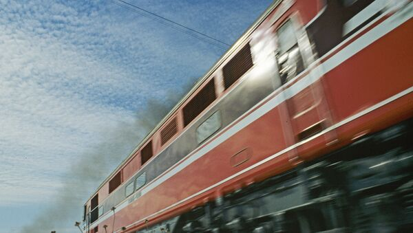 Locomotora diésel (imagen referencial) - Sputnik Mundo