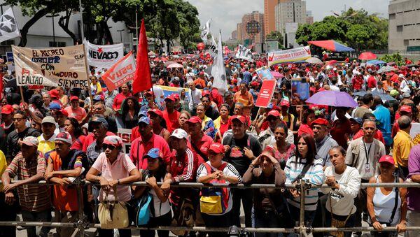 Partidarios del Gobierno del presidente Nicolás Maduro (archivo) - Sputnik Mundo