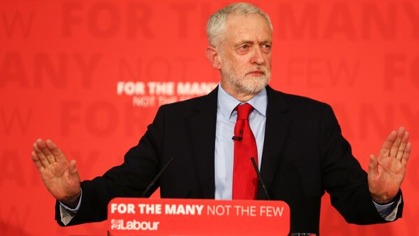 El líder laborista, Jeremy Corbyn - Sputnik Mundo