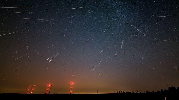 La lluvia de meteoros - Sputnik Mundo