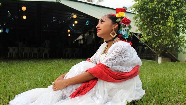 Bailarina mexicana - Sputnik Mundo
