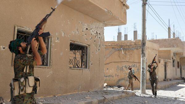 Los combatientes kurdos en Siria (archivo) - Sputnik Mundo