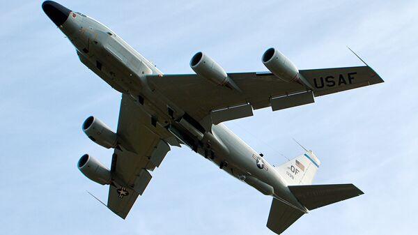 El avión espía estadounidense RC-135 - Sputnik Mundo