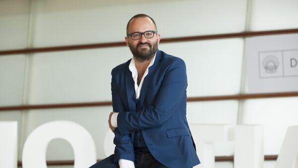 Fernando González Molina, director del cine español - Sputnik Mundo