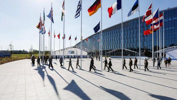 La cumbre de la OTAN en Bruselas - Sputnik Mundo