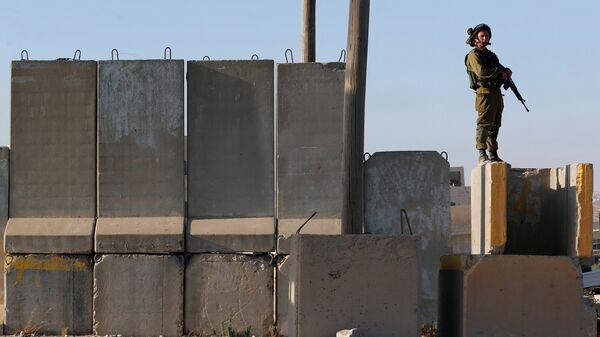 Un soldado israelí (imagen referencial) - Sputnik Mundo