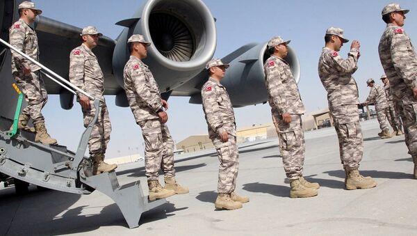 Las tropas turcas en la base militar en Doha, Catar (archivo) - Sputnik Mundo