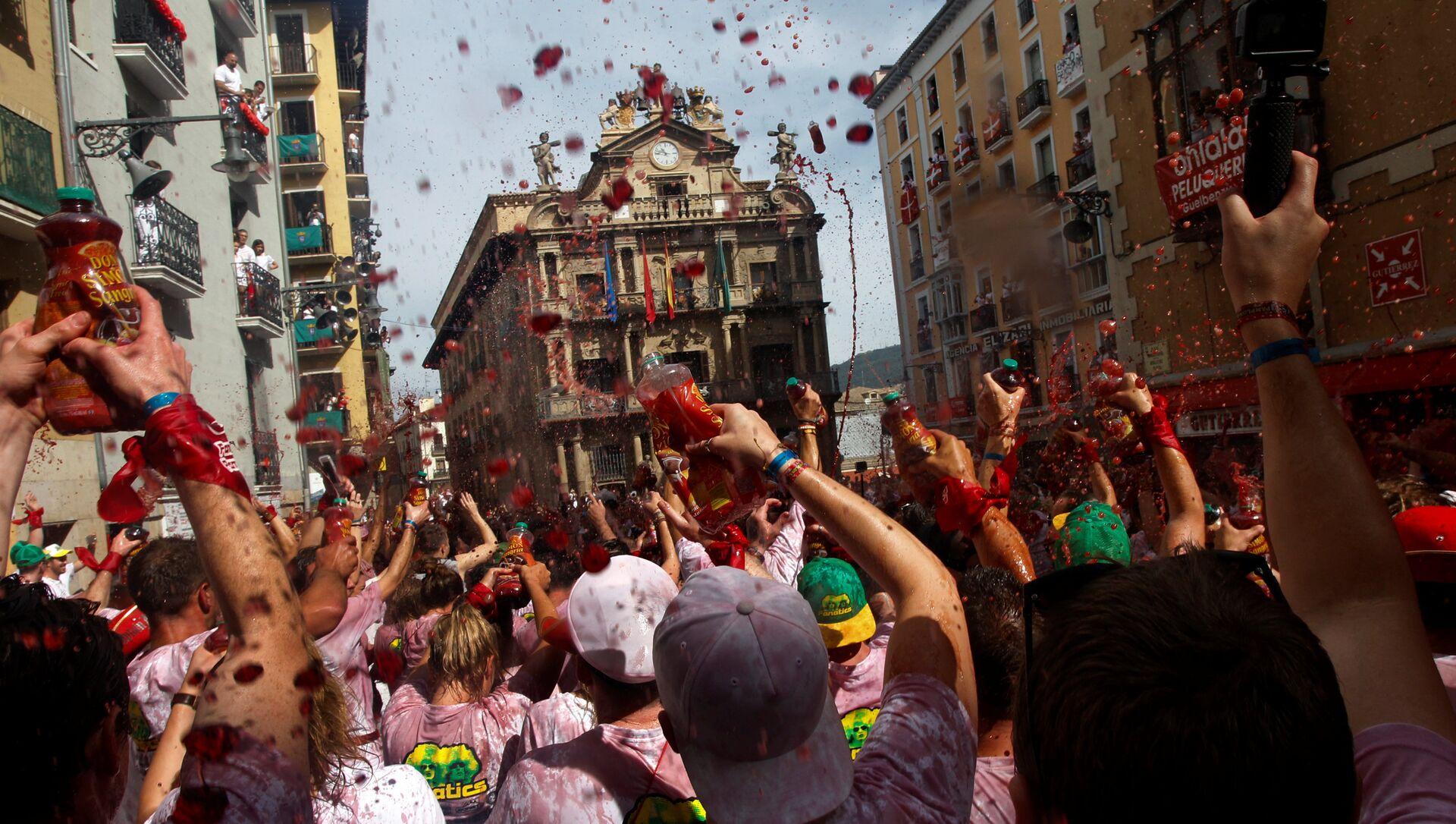 Fiesta de San Fermín an Pamplona, España - Sputnik Mundo, 1920, 02.02.2021