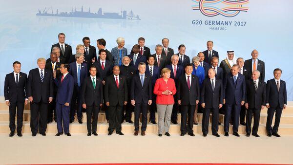 Los líderes de la cumbre del G20 en Hamburgo - Sputnik Mundo