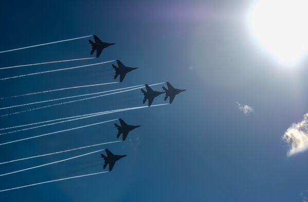 Se cumplen 105 años de las Fuerzas Aeroespaciales de Rusia en San Petersburgo - Sputnik Mundo