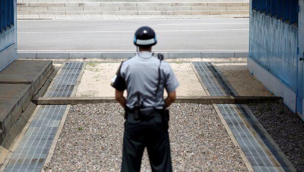 La frontera entre Corea del Sur y Corea del Norte - Sputnik Mundo
