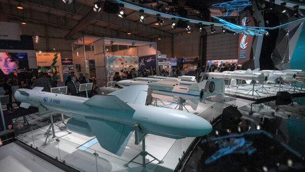 Estand de Tactical Missiles Corporation en el Salón Aeroespacial Internacional MAKS 2017 - Sputnik Mundo