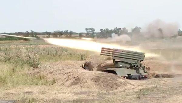 Militares rusos muestran el potencial de sus piezas de artillería - Sputnik Mundo
