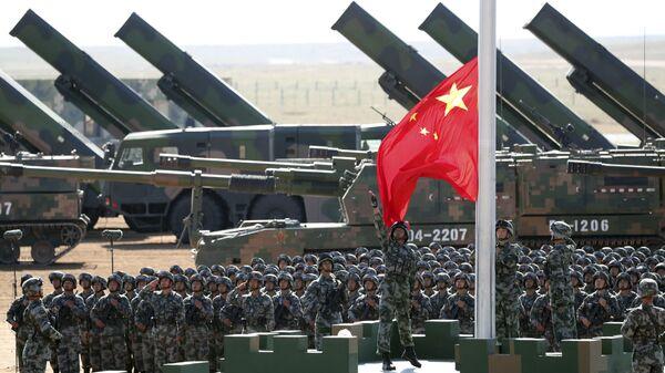 El desfile con motivo del 90 aniversario del Ejército Popular de Liberación - Sputnik Mundo