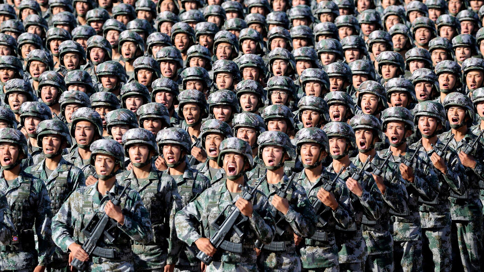 Militares chinos  - Sputnik Mundo, 1920, 12.02.2021