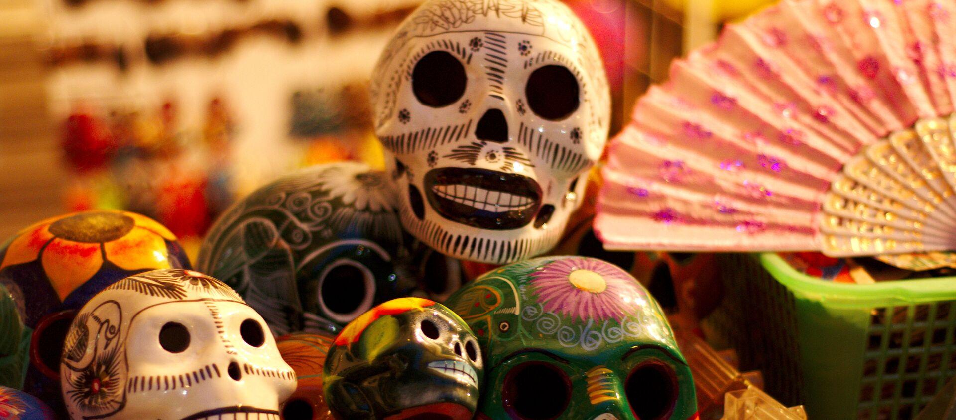 Calaveritas del Día de los Muertos en México (imagen referencial) - Sputnik Mundo, 1920, 24.10.2020