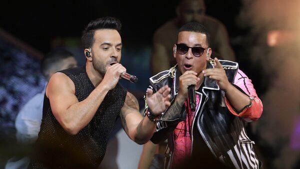Luis Fonsi y Daddy Yankee - Sputnik Mundo
