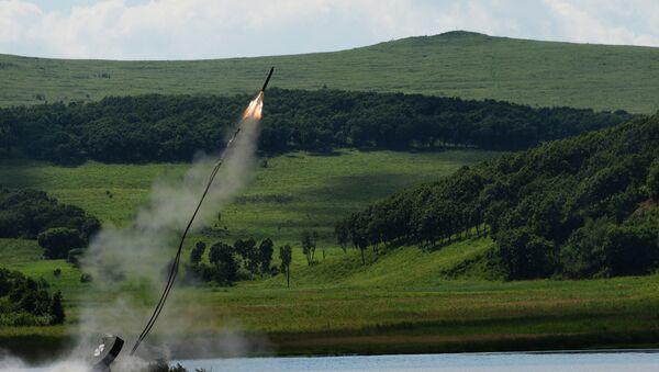 El aparato de desminado soviético UR-77 Meteorit (archivo) - Sputnik Mundo